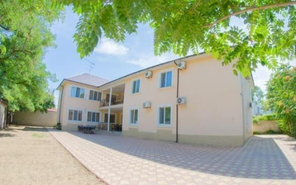 Guest Court Primorskaya 11, Zatoka: photo, prices, reviews