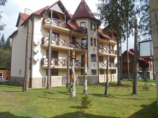 Guest Court Novyi, Bukovel: photo, prices, reviews