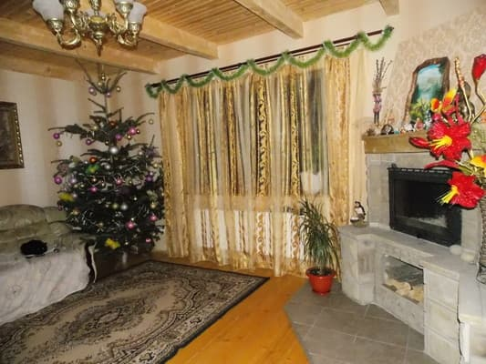 Cottage Mandrivnyk, Mykulychyn: photo, prices, reviews