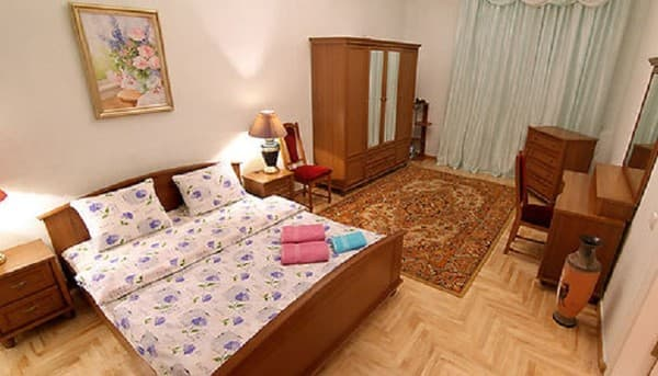 Apartment on Velyka Zhytomyrska Street, Kyiv: photo, prices, reviews