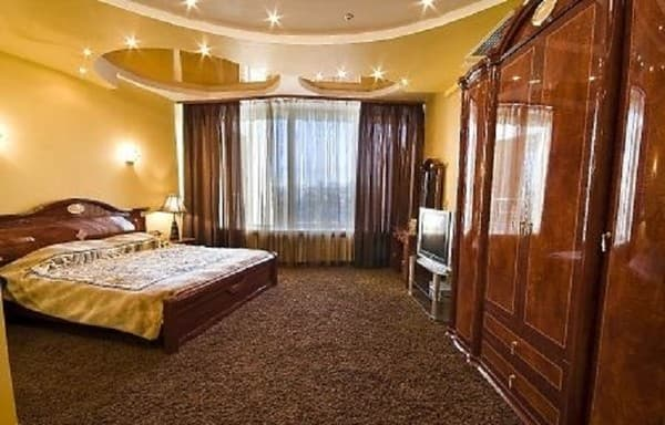 Hotel Seven Eleven Skytech & Apartments,  Dnipro: photo, prices, reviews