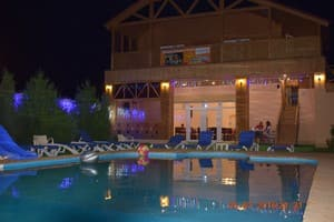 Hotels  city Kherson and region. Hotel Vesenniy