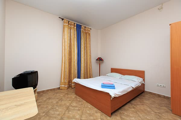 Mini hotel Near Bessarabian market, Kyiv: photo, prices, reviews