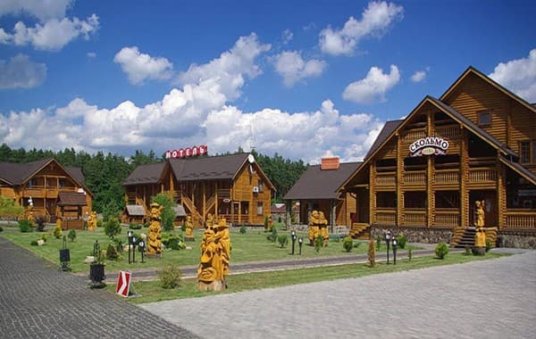 Hotel and restaurant complex Skolmo, Rivne: photo, prices, reviews