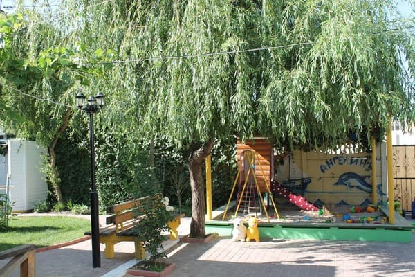 Recreation centre Angelina, Zalizny Port: photo, prices, reviews