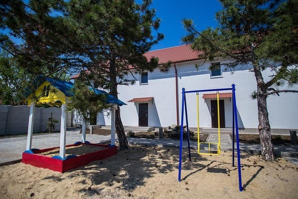 Villa 4 Cottages, Koblevo: photo, prices, reviews