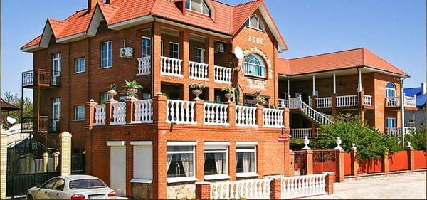 Guest Court Elitniy Otdih,  Berdiansk: photo, prices, reviews