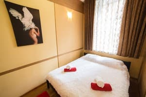 Hotels  city Lviv and region. Hotel Lviv4U pr. Shevchenka, 36