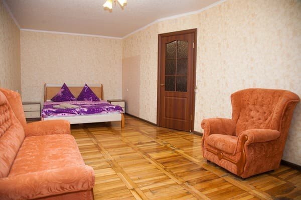 Apartment Apartamenti na ul.Zaporojskoy  9-B,  Zaporizhia: photo, prices, reviews