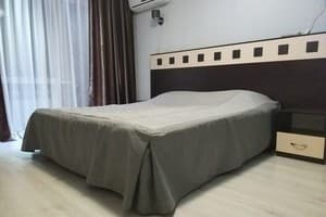 Hotels  Kryvyi Rih. Hotel Apartment Suite Apartment on Haharina Avenue (section 97)