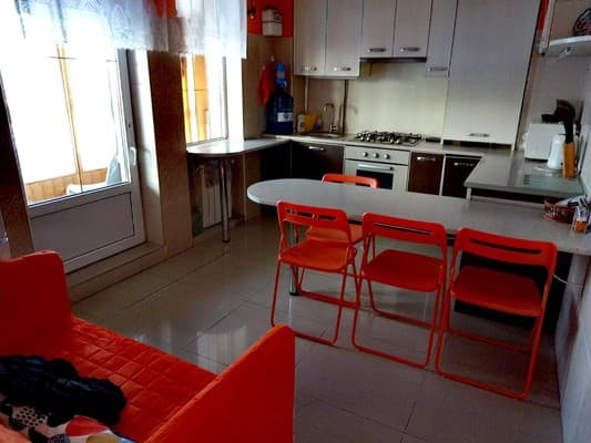 Apartment Apart Club Kosmo, Chernivtsi: photo, prices, reviews
