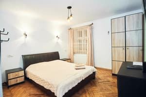 Hotels Lviv. Hotel Apartment Apartment on Staroievreiska Street, 28