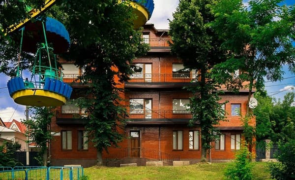 Hotel Gostiniy dvor,  Zhytomyr: photo, prices, reviews