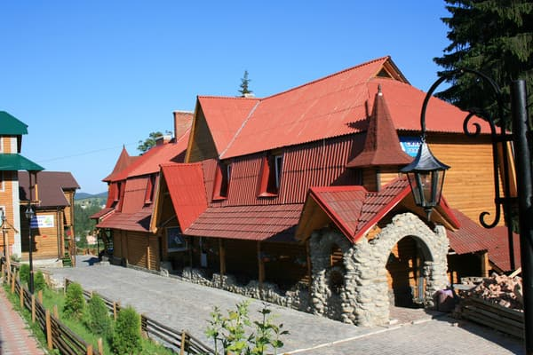 Private estate Synia hora, Bukovel: photo, prices, reviews