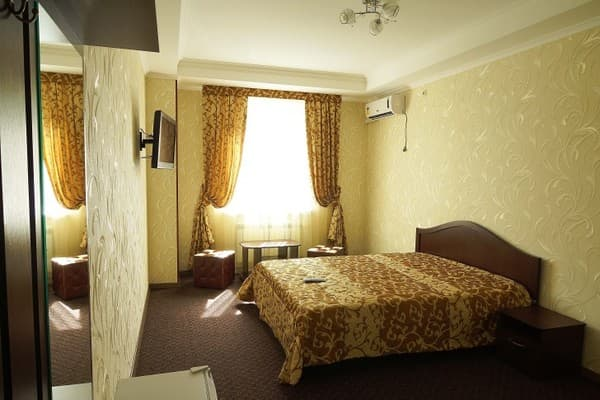Mini hotel Oskar, Simferopol: photo, prices, reviews