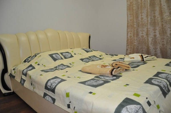 Apartment on Osipenko Str,  Melitopol: photo, prices, reviews