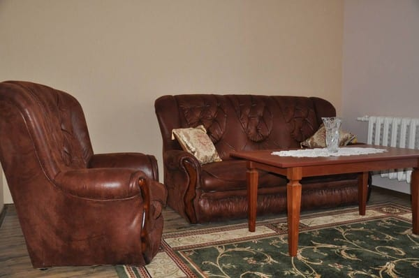 Apartment on Interkulturnaya (Dzerzhinskogo),  Melitopol: photo, prices, reviews