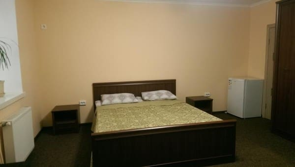 Apartment Daily rent rooms , Chernivtsi: photo, prices, reviews