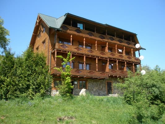 Hotel Hutsuls'ka Hata, Yaremche: photo, prices, reviews