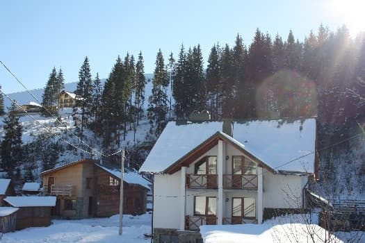 Cottage Bukov'el, Bukovel: photo, prices, reviews