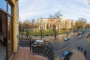 Hotels Lviv. Hotel 10 Rooms