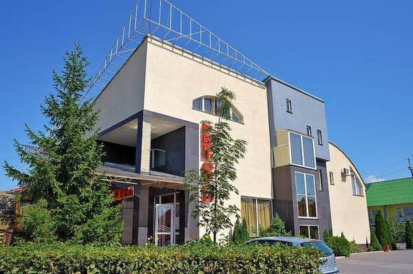 Hotel and restaurant complex Oksana,  Tiachiv: photo, prices, reviews