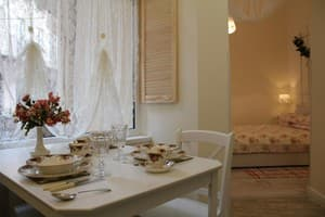 Hotels Lviv. Hotel Apartment Apartment near Opera Theater on Svobody Ave, 41