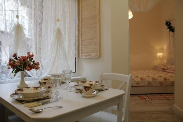 Apartment Apartment Apartment near Opera Theater on Svobody Ave, 41, Lviv: photo, prices, reviews