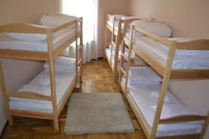 Hotels . Hotel 6-bedded mixed dormitory room .