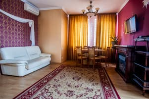 Hotels Kyiv. Hotel Apartment on Saksahanskoho Street, 121 (ID V19)
