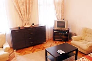 Hotels Kyiv. Hotel Apartment Two-Room Apartment on Mykhailivska Street, 22 B