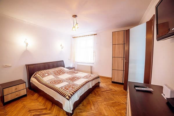 Apartment Apartment Apartment on Staroievreiska Street, 28, Lviv: photo, prices, reviews