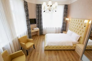 Hotels . Hotel Apartment on Brativ Rohatyntsiv Str, 43.
