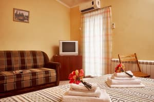 Hotels . Hotel Junior Suite-mansard.