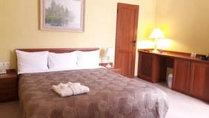 Hotels . Hotel Standard double room with separate entrance.