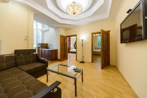 Hotels . Hotel Apartment near Arena City and Khreshchatyk.