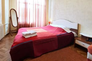 Hotels . Hotel One-room apartment on Pushkinska Str, 24.