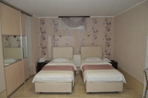 Hotels . Hotel Apartment on Malanyuka Str, 96(0).
