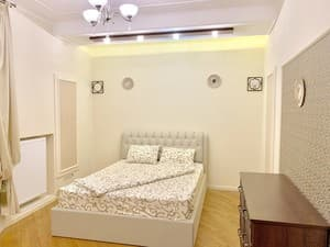 Hotels . Hotel Apartament 8-bed room str. Lesya Ukrainka, 29.