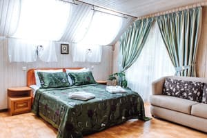 Hotels . Hotel Deluxe Triple Room with Balcony №7.