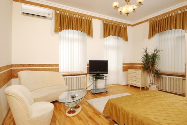 Apartment Apartment on Saksahanskoho Street, 131 B (3 floor), Kyiv: photo, prices, reviews