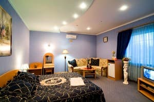 Hotels . Hotel Suite (blue).