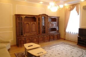 Hotels Kyiv. Hotel Apartment Two-Room Apartment on Saksahanskoho Street, 25