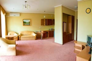 Hotels . Hotel Executive Suite.