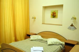 Hotels Kyiv. Hotel Apartment One-Room Apartment on Mykhailivska Lane, 9