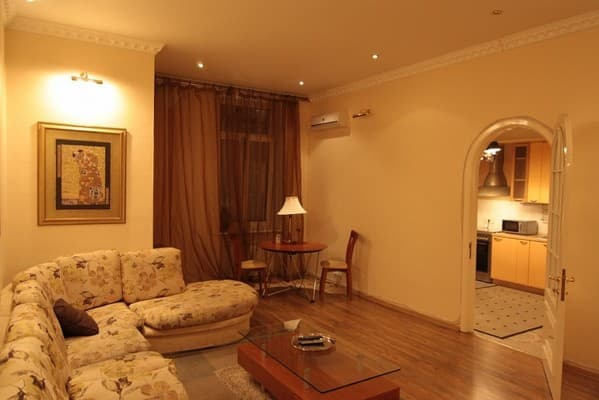 Apartment Apartment Apartment on Khreshchatyk Str, 15, Kyiv: photo, prices, reviews