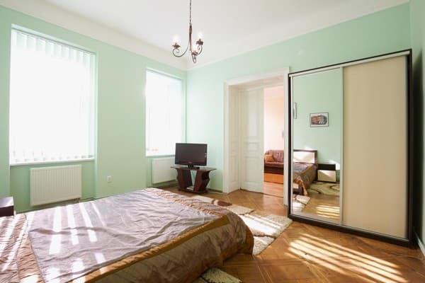 Apartment Apartment Apartment on Shopena Street, 5, Lviv: photo, prices, reviews