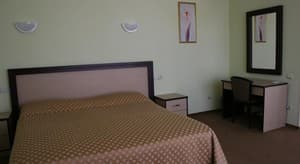 Hotels . Hotel De luxe Double Building B - Two-room studio with balcony and sea view.
