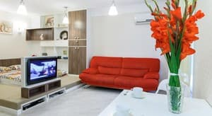 Hotels . Hotel Studio-apartment on Otakara Yarosha Str, 55 .