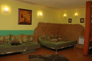 Hotels  Dnipro. Hotel Apartment Apartment on Gagarina Avenue, 3